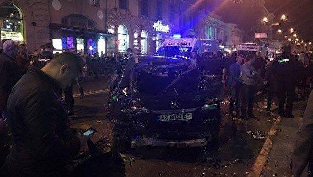 """Ukraynada biznesmenin qızı """"Lexus""""la piyadaları vurdu - 5 ölü, 6 yaralı +Video"""