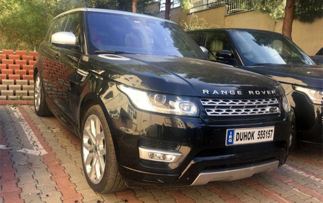 """Türkiyədə 2 azərbaycanlı """"Range Rover"""" oğurladı"""