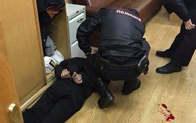 """""""Exo Moskva""""nın jurnalisti ofisdə bıçaqlandı"""