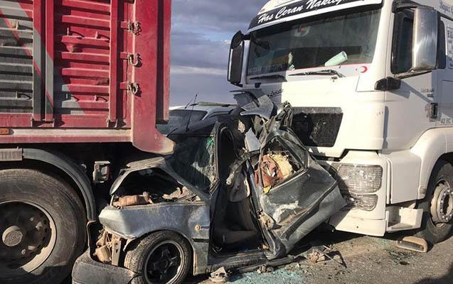 Türkiyədə qum fırtınası, 20 avtomobil toqquşdu
