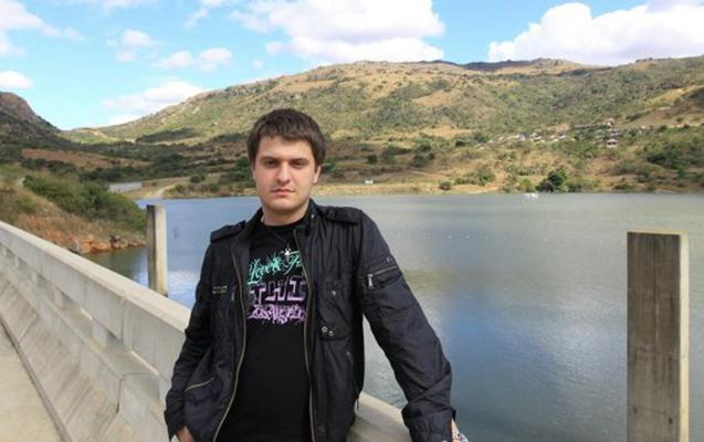 Ukraynada DİN rəhbərinin oğlu evində axtarışdan sonra