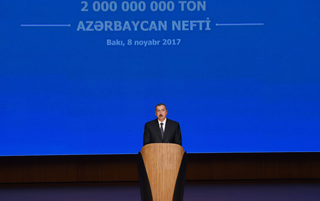 Prezident 2 milyard ton neft hasilatı ilə bağlı mərasimdə