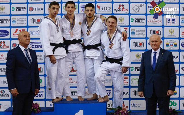2 medal qazandıq