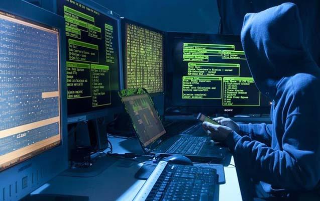 Azərbaycanda haker həbs edildi