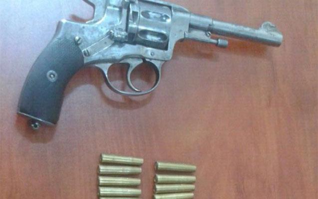 2000 manata silah satan saxlanıldı