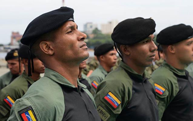 Kolumbiya və Venesuela arasında hərbi gərginlik