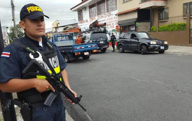 Kosta-Rikada prokuror güllələnib