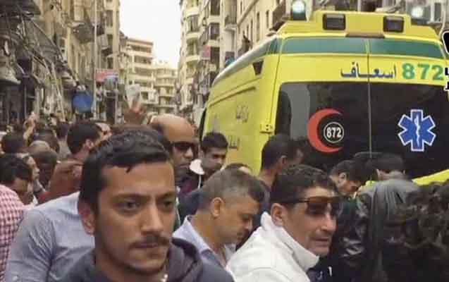 Namaz vaxtı məscidi partlatdılar, 50 nəfər öldü