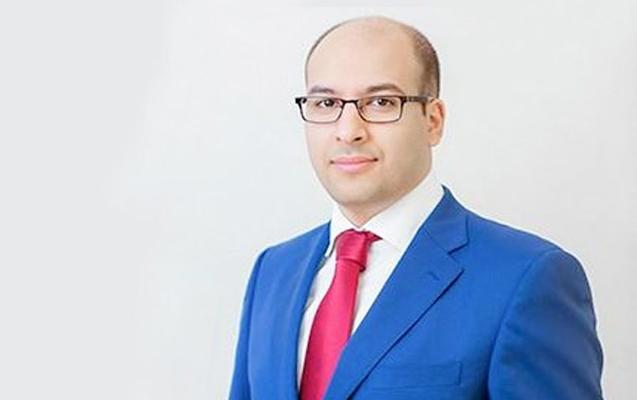 Eldar Mansurovun məmur oğlu vəzifəsini itirdi