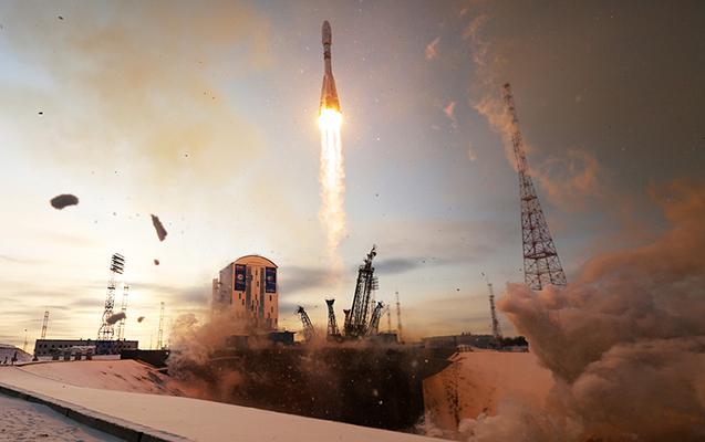 Rusiyaya aid raket 19 peyki ilə okeana düşdü
