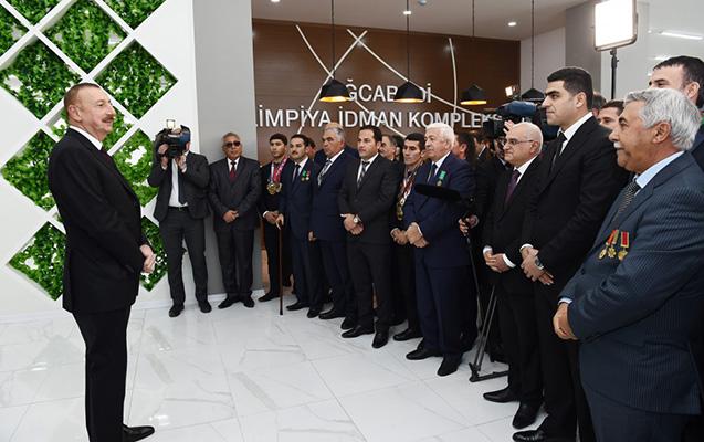 Əliyev rayonda yeddiqat Avropa çempionu ilə görüşdü