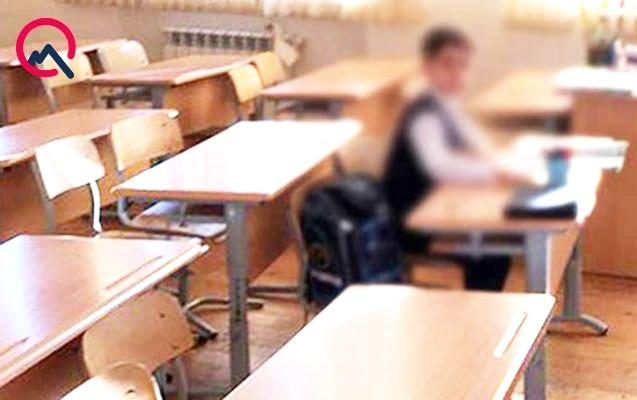 Bu uşaq Bakıda məktəbi bir-birinə qatıb - Video