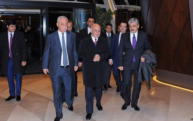 Əfqanıstan prezidenti Azərbaycana gəldi