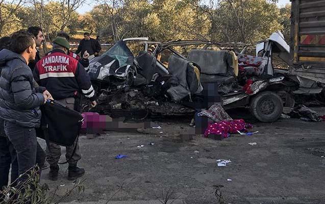 Yol qəzası - 6-sı uşaq olmaqla 11 nəfər öldü, 9 nəfər yaralandı