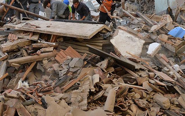 İranda gecə baş verən zəlzələdə 97 nəfər yaralandı, hamilə qadın öldü