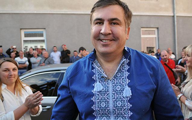 Saakaşviliyə ailəsi ilə görüşməyə viza verildi