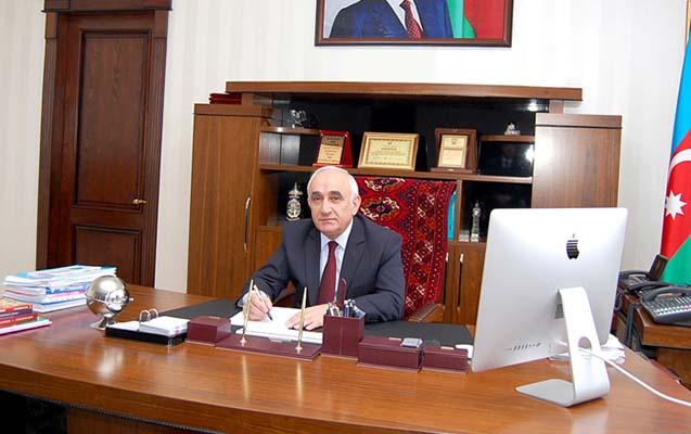 Prezidentdən rektorla bağlı - Sərəncam