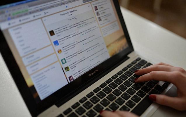 Nazarbayev internetdə anonim şərhlərə qadağa qoyan qanun imzaladı