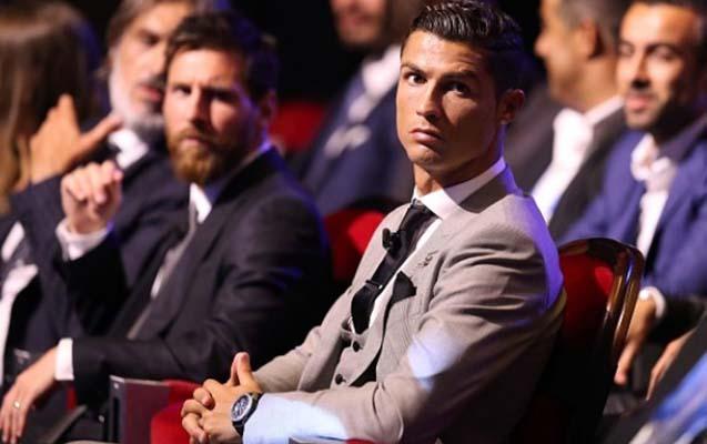 """Messi Ronaldonu qabaqladı - """"2017-ci ilin ən yaxşı futbolçuları""""nın siyahıs ..."""