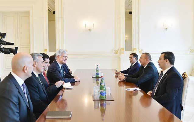 Prezident  TBMM-in komitə rəhbəri ilə görüşüb