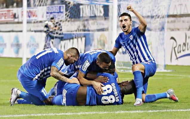 Araz Abdullayev komandasına penalti qazandırdı