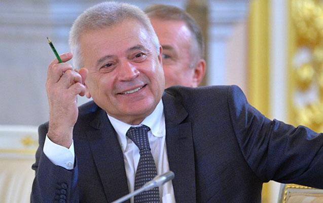 """Ələkbərov """"Lukoyl""""un 21 min səhmini alıb"""