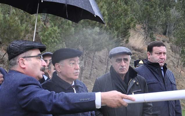 Kəmaləddin Heydərov sürüşmə zonasında