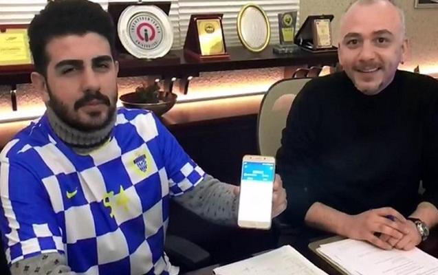 Dünyada ilk dəfə bitkoinlə futbolçu transfer edildi