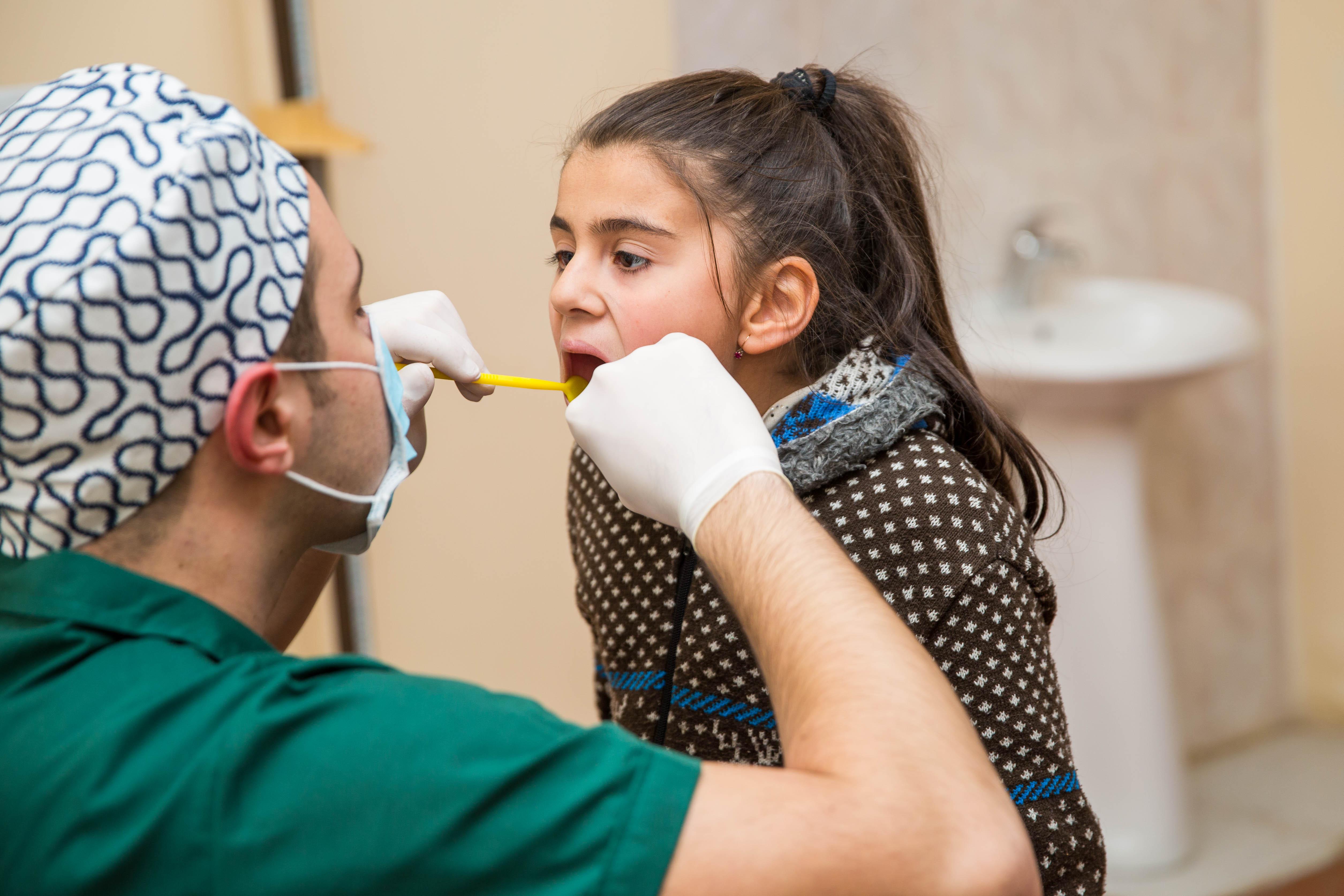 Azercell-in Mobil Diş Klinikası pulsuz xidmətə davam edir