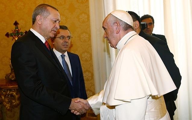 Ərdoğan Papa ilə görüşdü