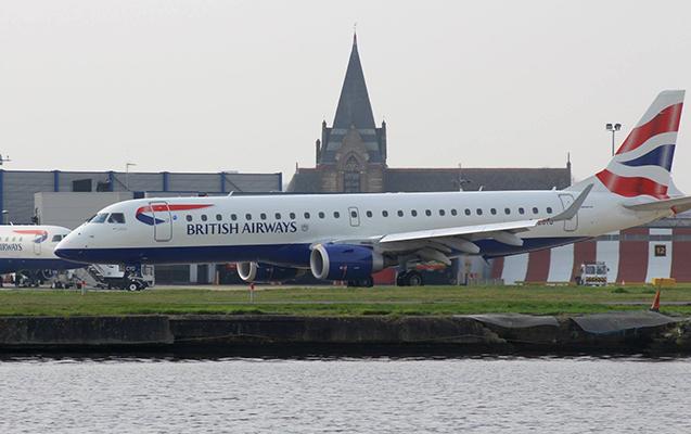 Londonda aeroport bağlandı