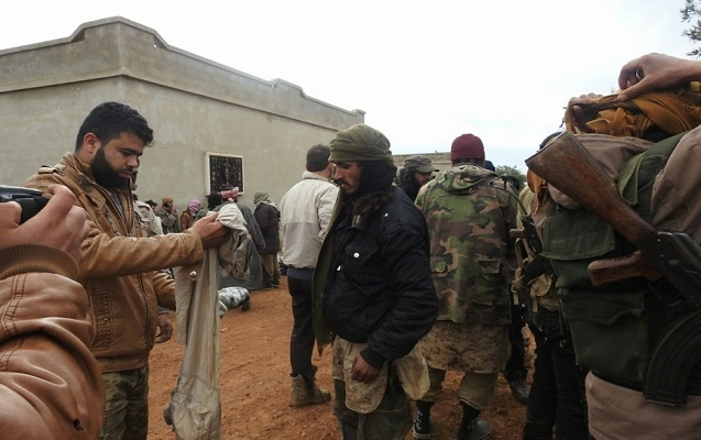400 İŞİD terrorçusu əsir götürüldü