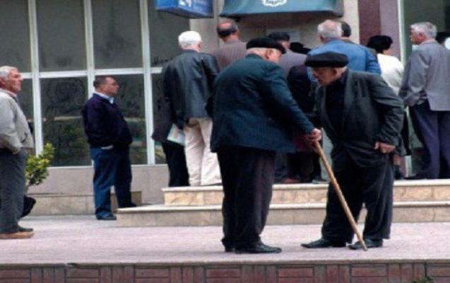 """""""Pensiyalar artırılacaq"""" - Nazir açıqladı"""