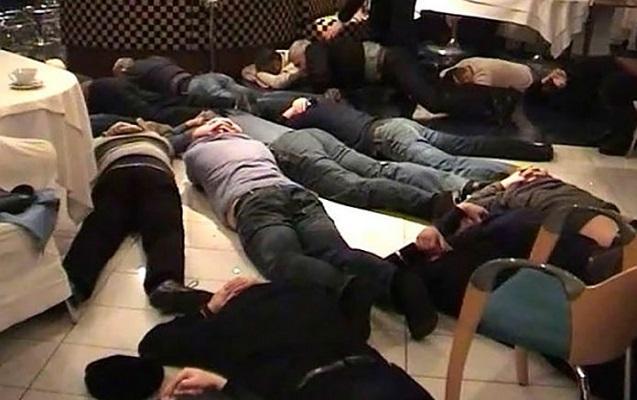 """Rusiya """"qanuni oğruları"""" deportasiya edir"""