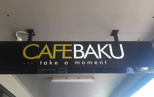 """Bakıya sevgisindən ölkəsində """"Cafe Baku"""" açdı"""