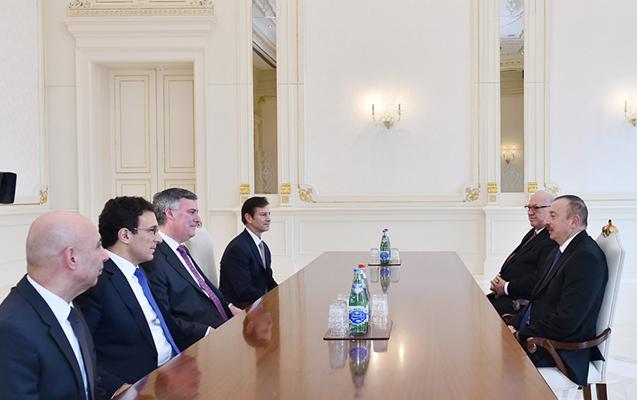 """İlham Əliyev """"Boeing""""in prezidentini qəbul edib"""