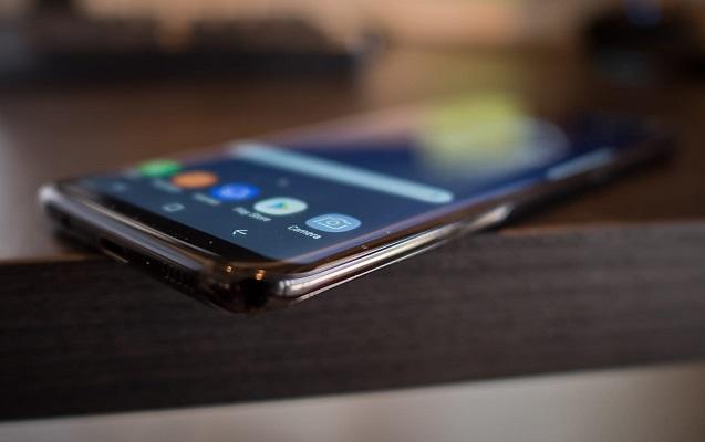 """""""Samsung Galaxy S10"""" barədə maraqlı məlumat açıqlandı"""