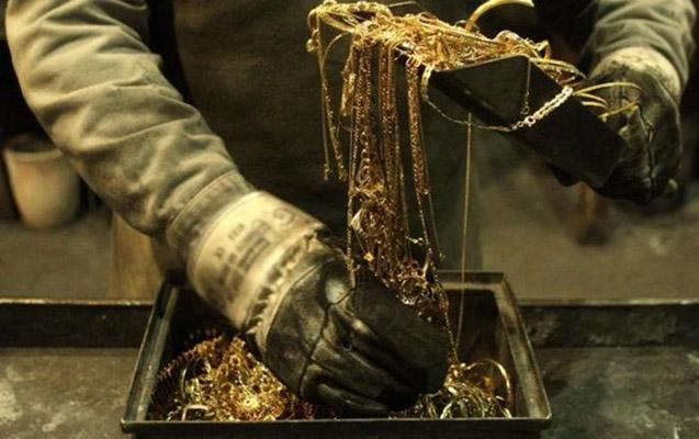 Ruhların adından 75 minlik qızıl oğurladı, indi narazıdır