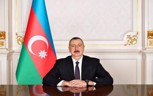 """Prezident """"Azərbaycan"""" qəzetinin kollektivini təbrik etdi"""