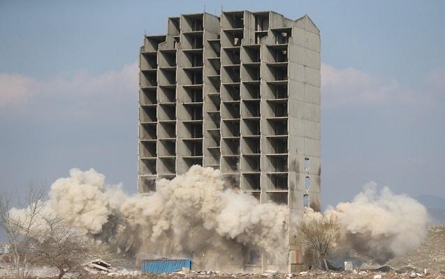 Bu binanı 300 kiloluq dinamit də dağıda bilmədi
