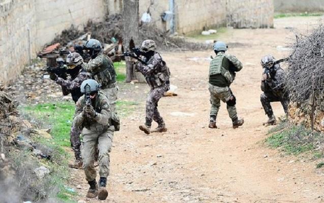 Türkiyə ordusu Afrində kürd qüvvələrini mühasirəyə alıb