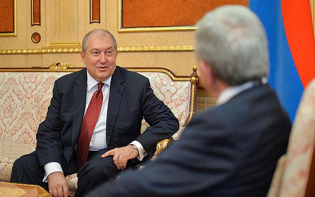 Bir Sarkisyan getdi, digəri gəldi - Ermənistan yeni prezidenti seçdi