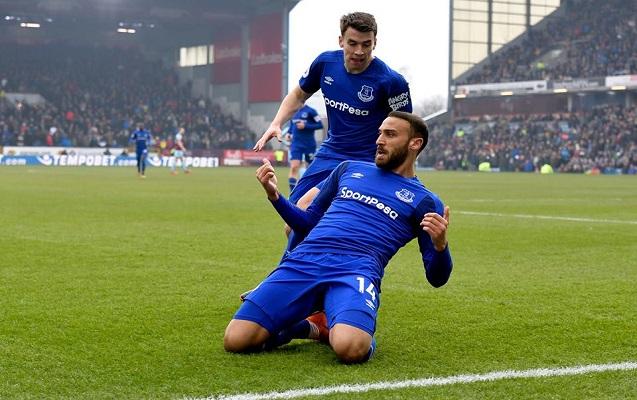 """Cenk Tosun """"Everton""""da ilk qolunu vurdu"""