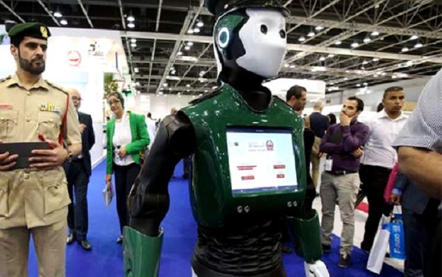 Dubay aeroportunda robot polislər xidmət edəcək