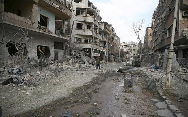 Suriyada dinc sakinlər bombalandı