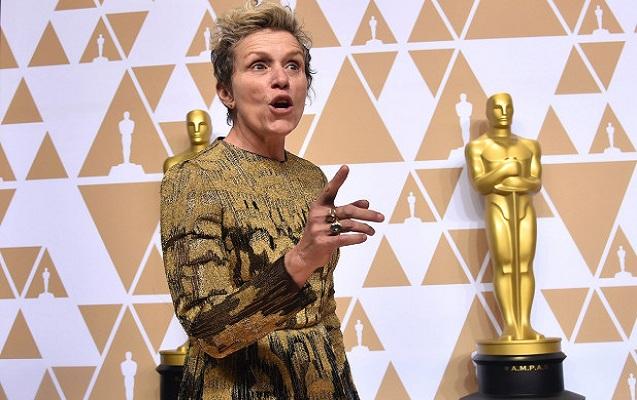 """""""Oskar"""" heykəlini oğurlamaq istəyərkən yaxalandı"""
