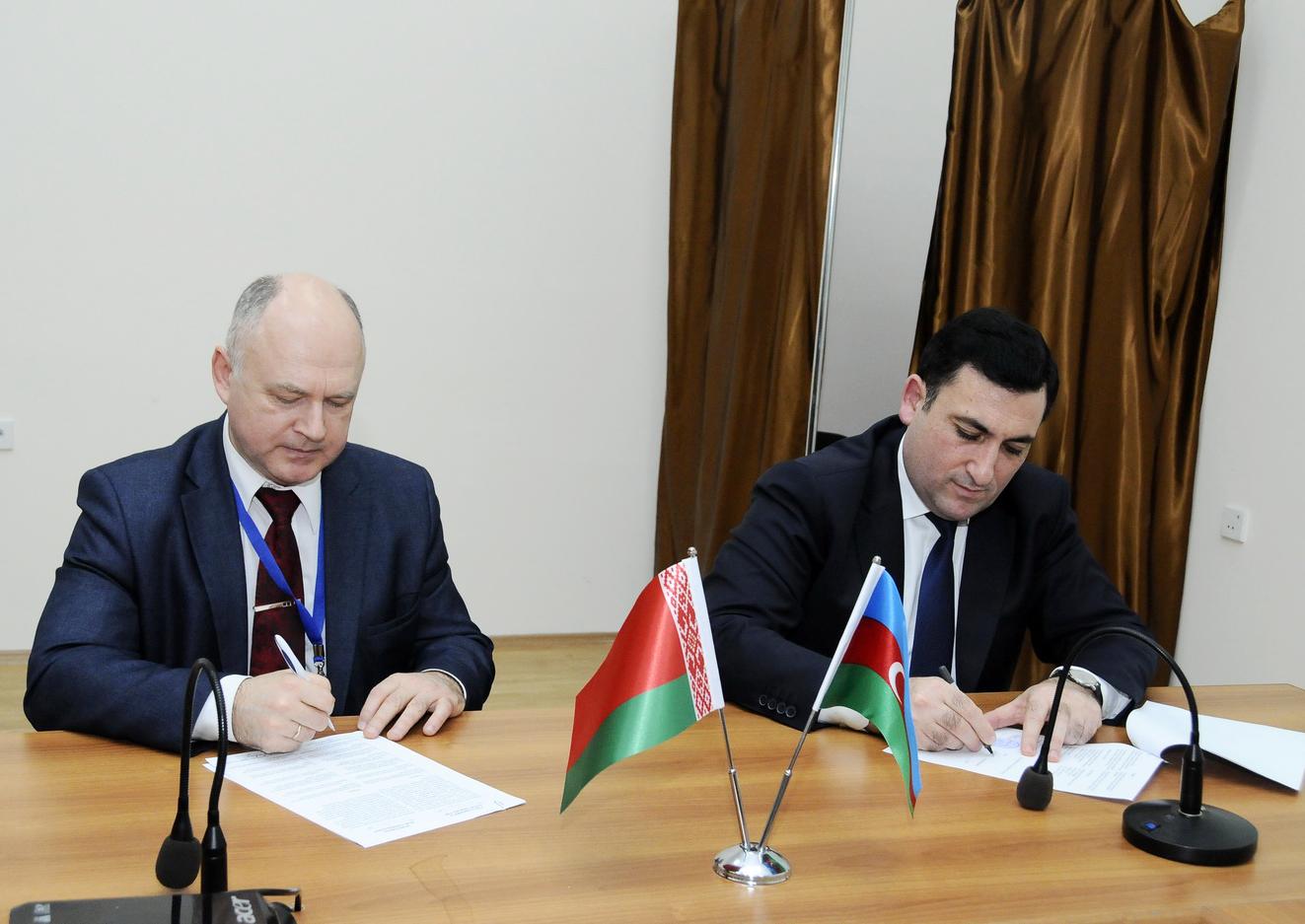 ADNSU ilə Belarus Universiteti arasında müqavilə imzalanıb