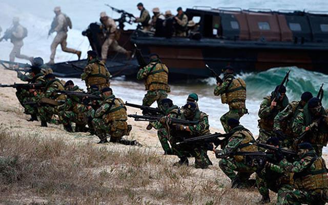 NATO Rusiya ilə sərhəddə 45 min hərbçi göndərəcək