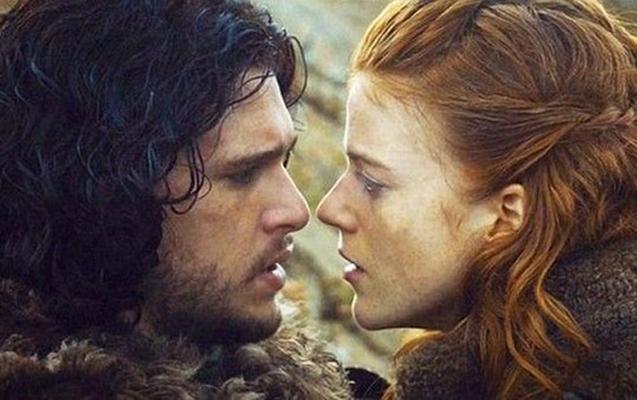 """Game of Thrones""la bağlı sual verdi"
