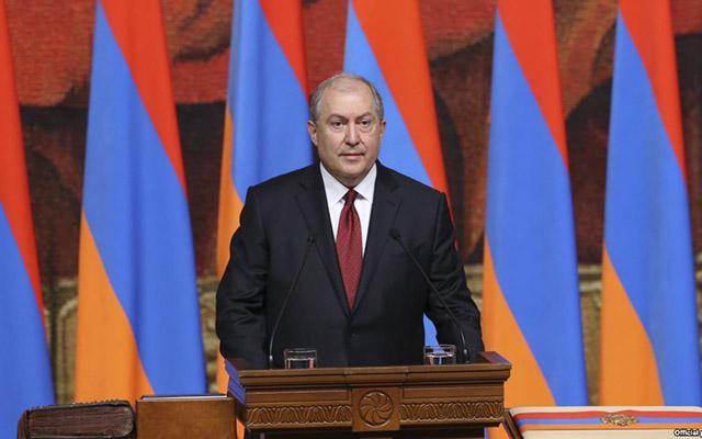 Ermənistan prezidenti ölkədəki vəziyyətə münasibət bildirib